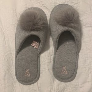Victoria's Secret gray slippers